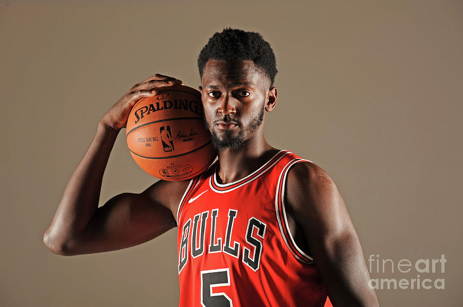 Bobby Portis Photograph by Randy Belice