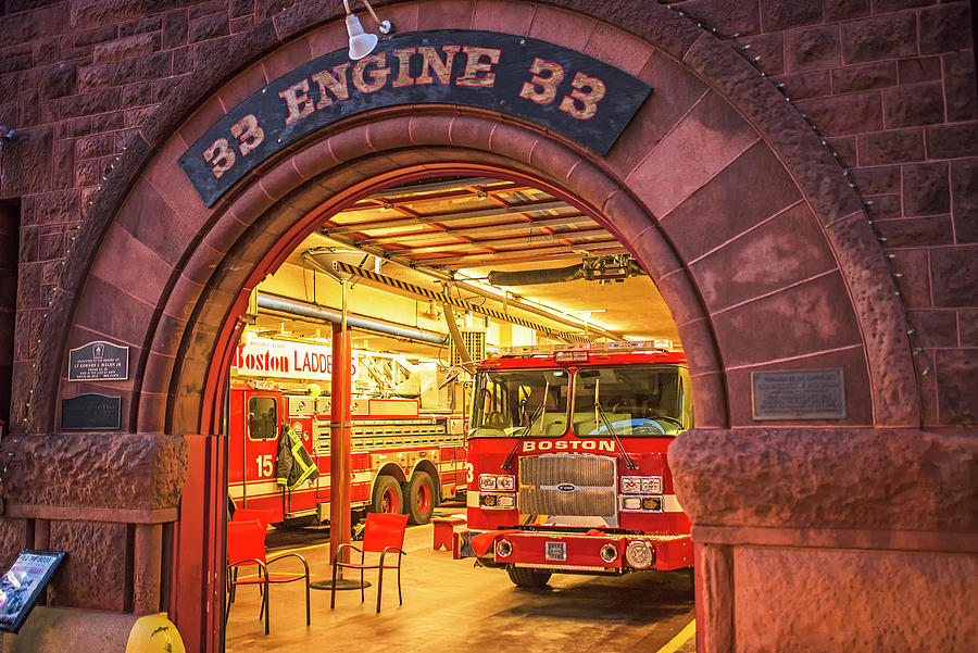 Boston Photograph - Boylston Street Fire Station Boston Ma Engine 33 by Toby McGuire