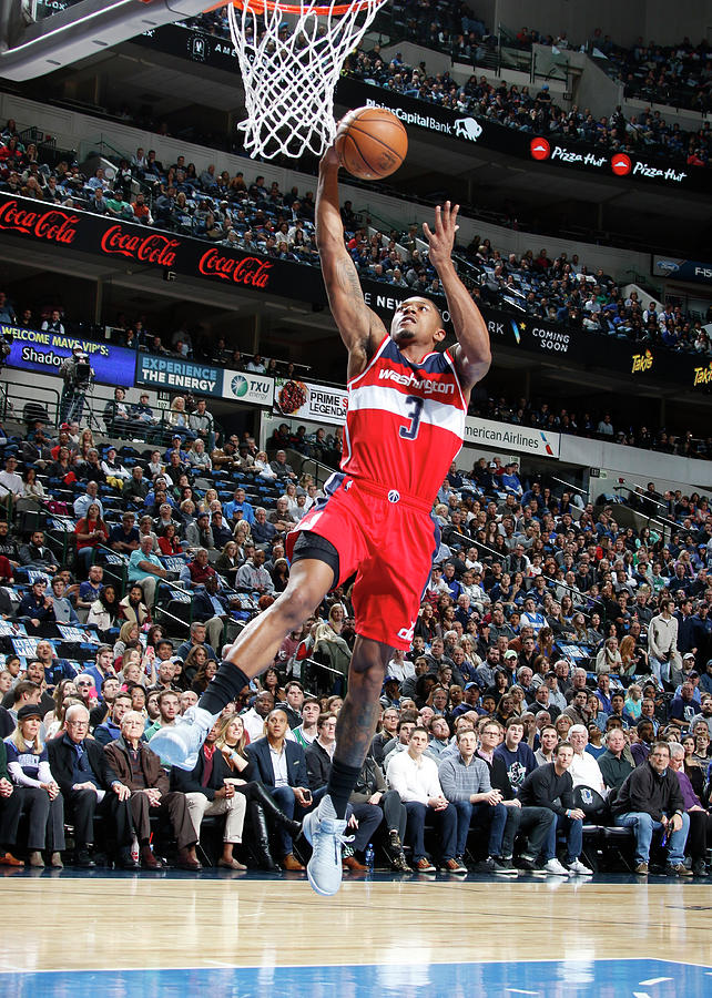 Bradley Beal Photograph by Glenn James