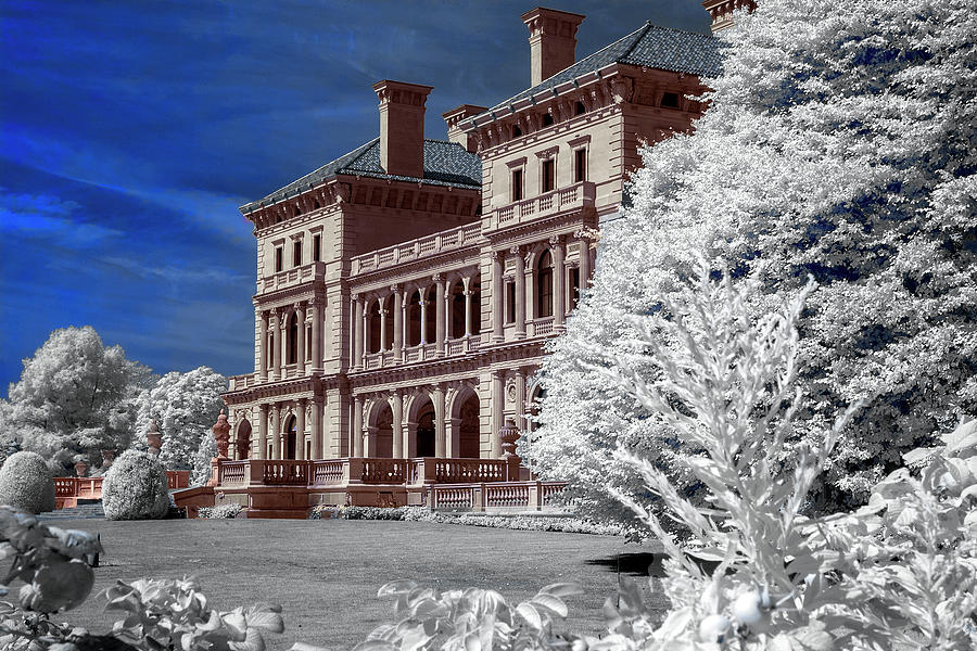 Breakers Mansion In Newport Photograph