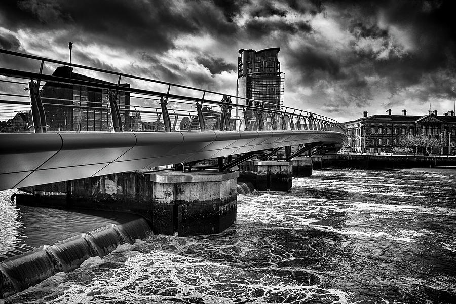 Belfast Photograph - Bridge into Belfast by Alan Campbell