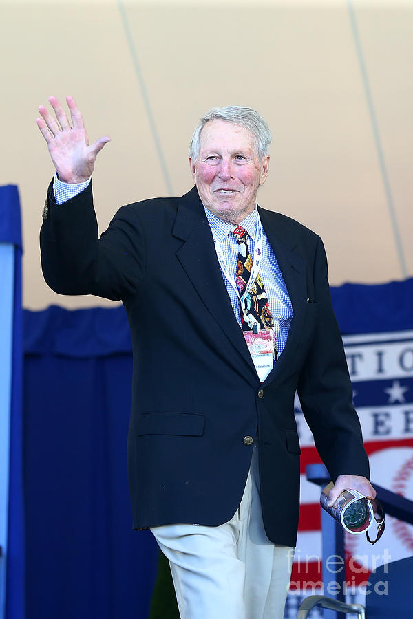Brooks Robinson Photograph by Mike Stobe