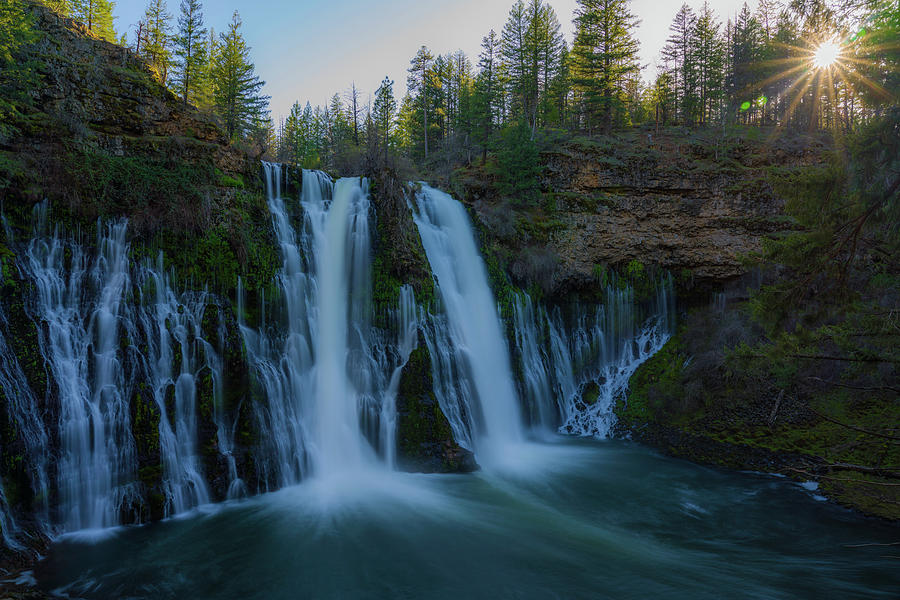Burney falls by Asif Islam