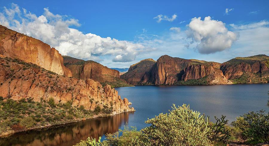 Canyon Lake - 4797 by Rick Furmanek