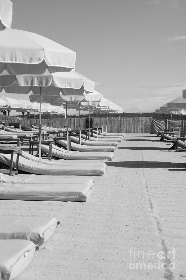 Cap 21 Beach by Tom Vandenhende