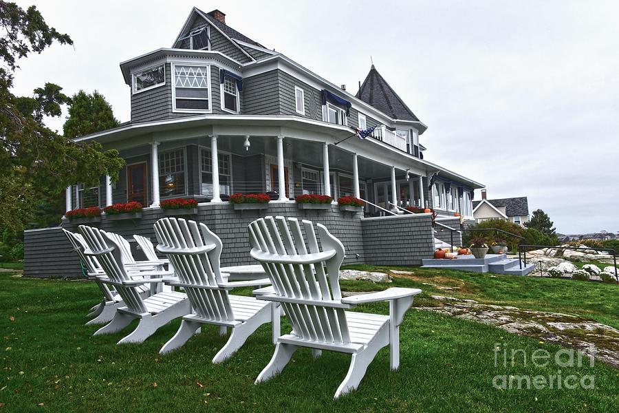 Cape Arundel Inn Photograph