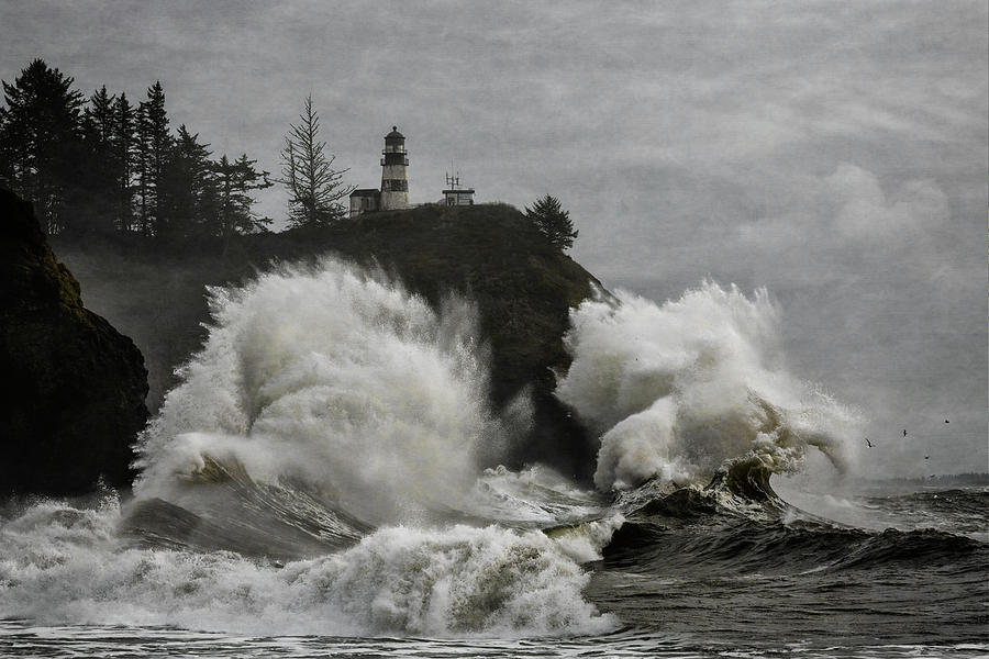 Cape Disappointment Winter Storm by Wes and Dotty Weber