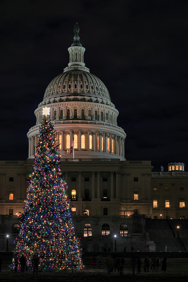 Capitol Christmas 2019 1 by Robert Fawcett