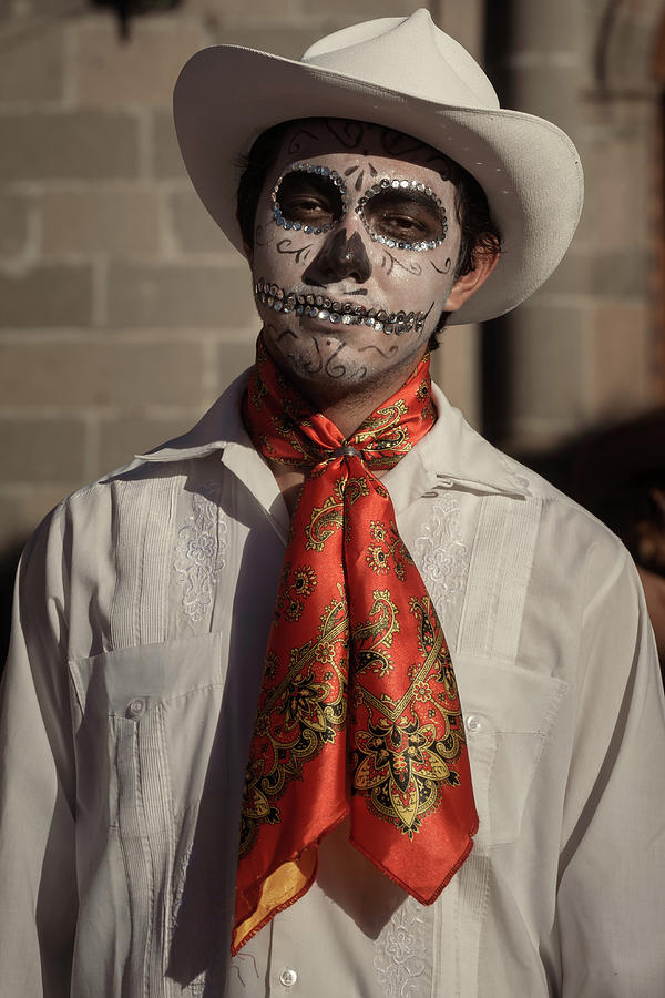 Day Of The Dead Photograph - Catrin Ballet Folklorico Dancer on the Day of the Dead by Dane Strom
