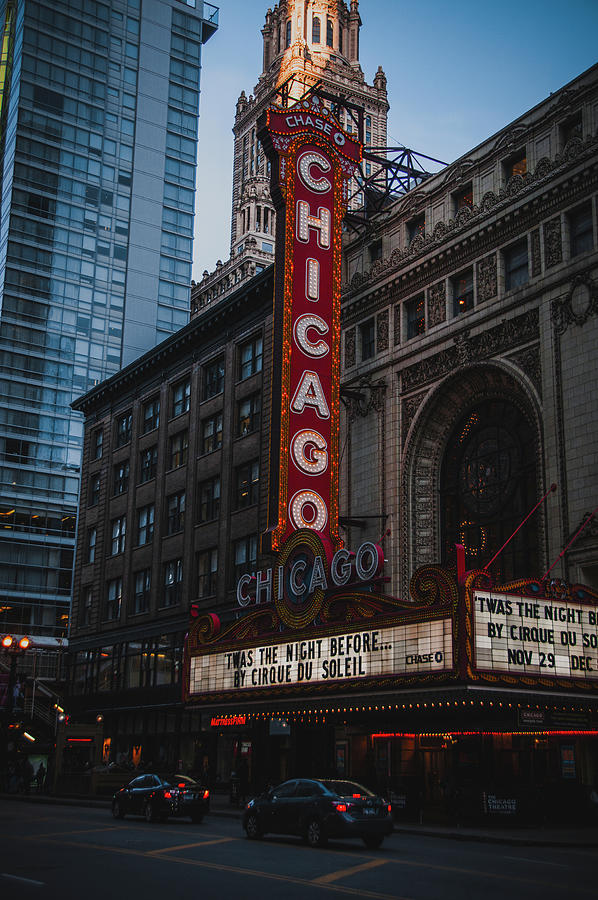 Chicago Photograph - Chicago Theater by Jason Turuc