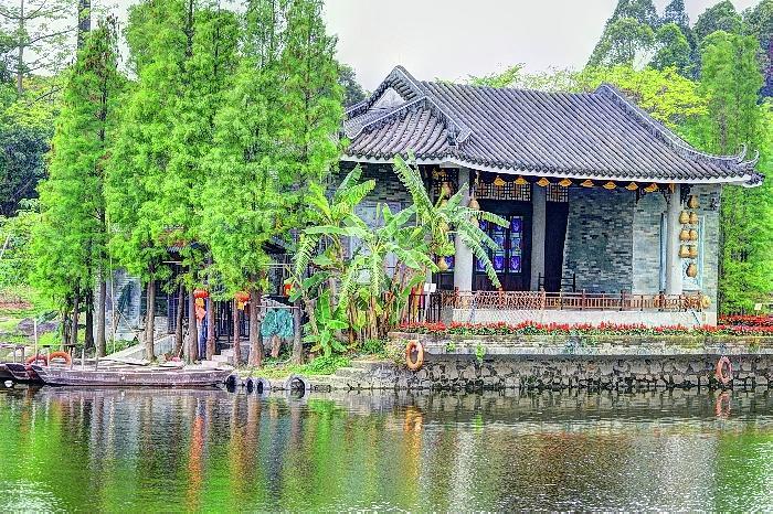 China Lake House 2 by Bill Hamilton