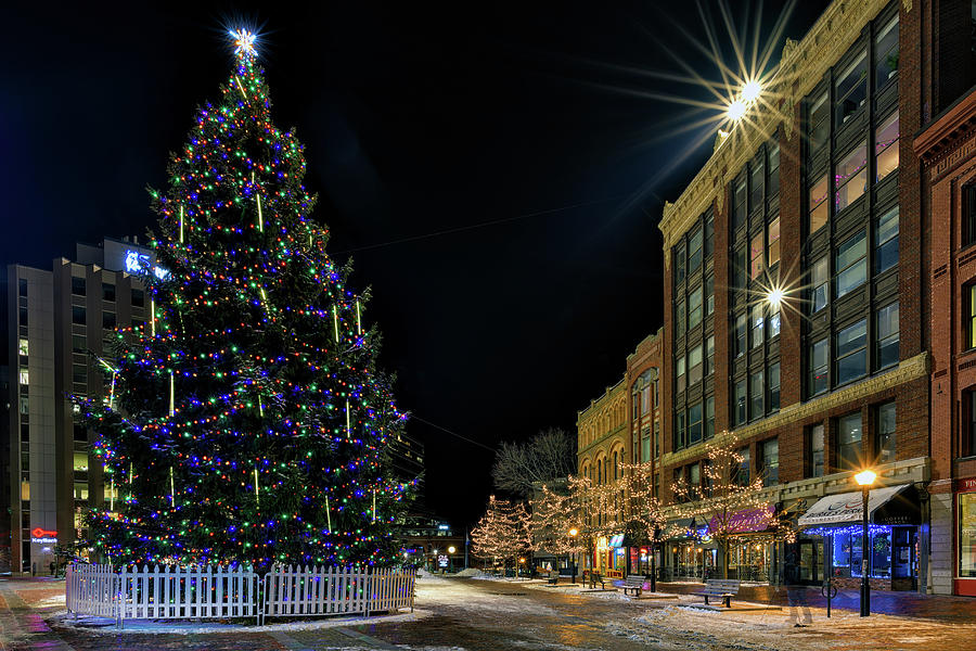 Christmas in Monument Square by Rick Berk
