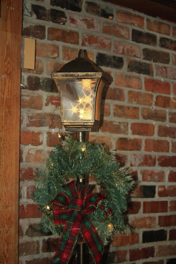 Christmas Lamp Post by Cynthia Guinn