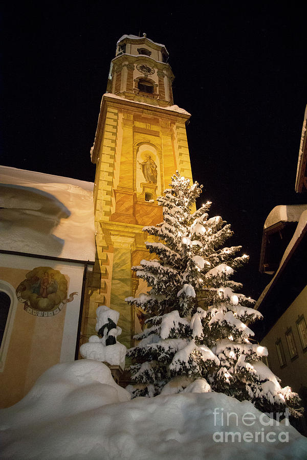 Church in the snow by Fabian Roessler
