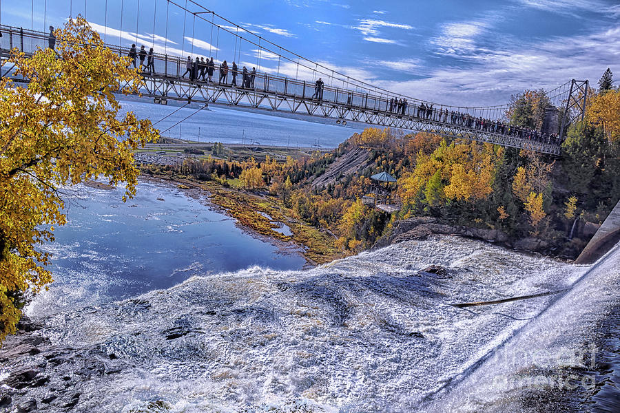 Chute Montmorency Crossing Photograph