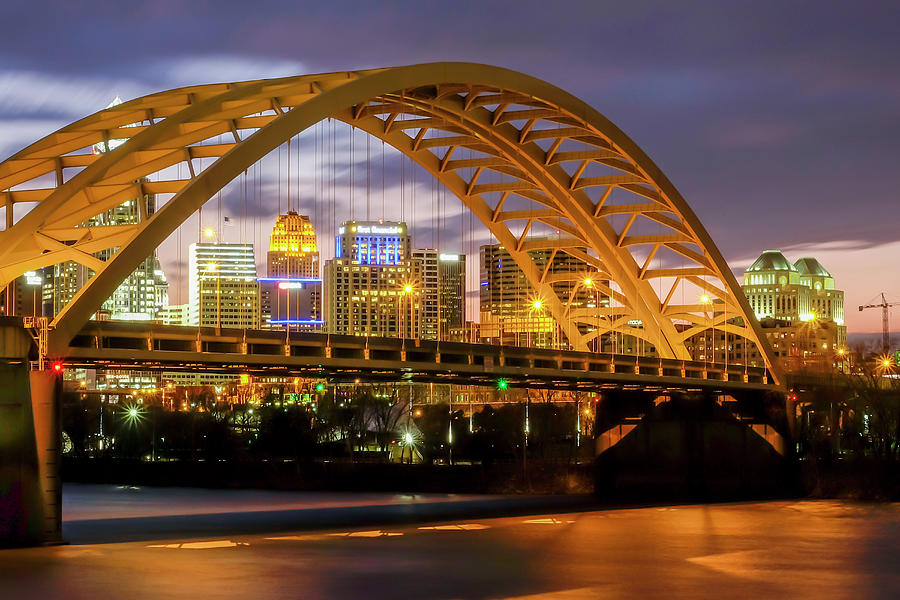 Cincinnati Daniel Carter Beard Bridge Photograph by ...