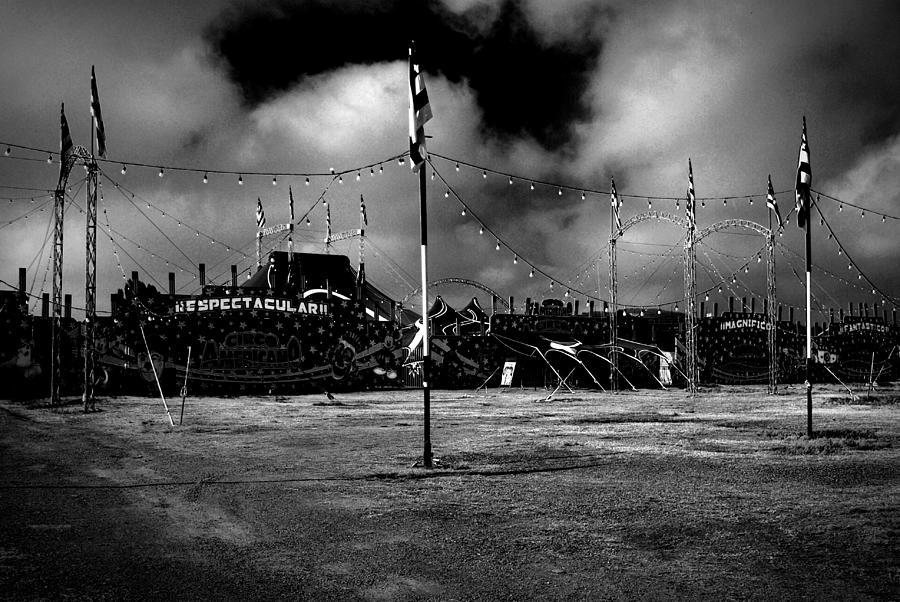 Circus Photograph - Circus by Oscar Vago