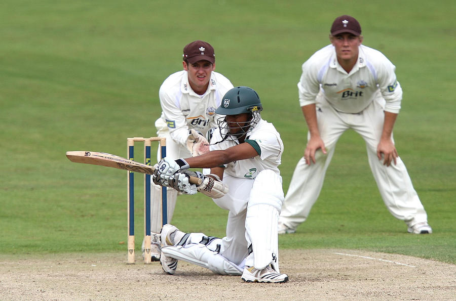 Cricket - Liverpool Victoria County Championship - Division Two - Day Three - Worcestershire v Surrey - New Road Photograph by David Davies - PA Images