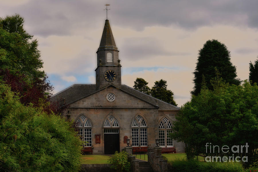 Currie Kirk - Close up by Yvonne Johnstone