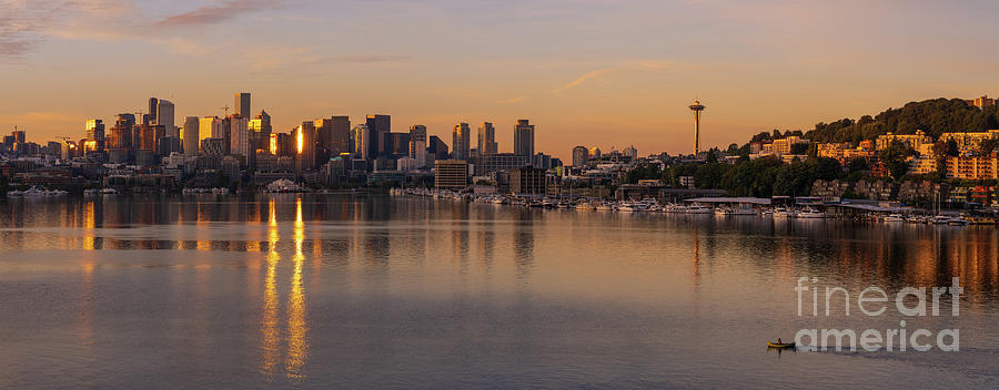 Dawn On Lake Union In Seattle Photograph