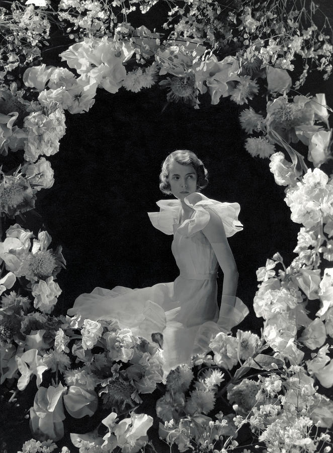 Debutante Mademoiselle dHarcourt Photograph by George Hoyningen-Huene