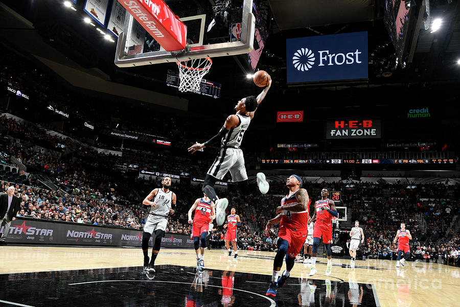 Dejounte Murray Photograph by Logan Riely