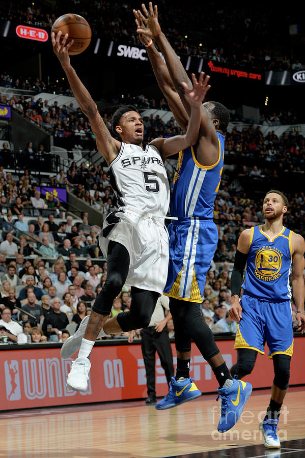 Dejounte Murray Photograph by Mark Sobhani
