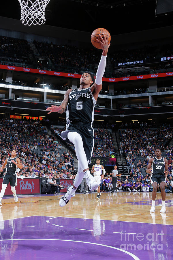 Dejounte Murray Photograph by Rocky Widner