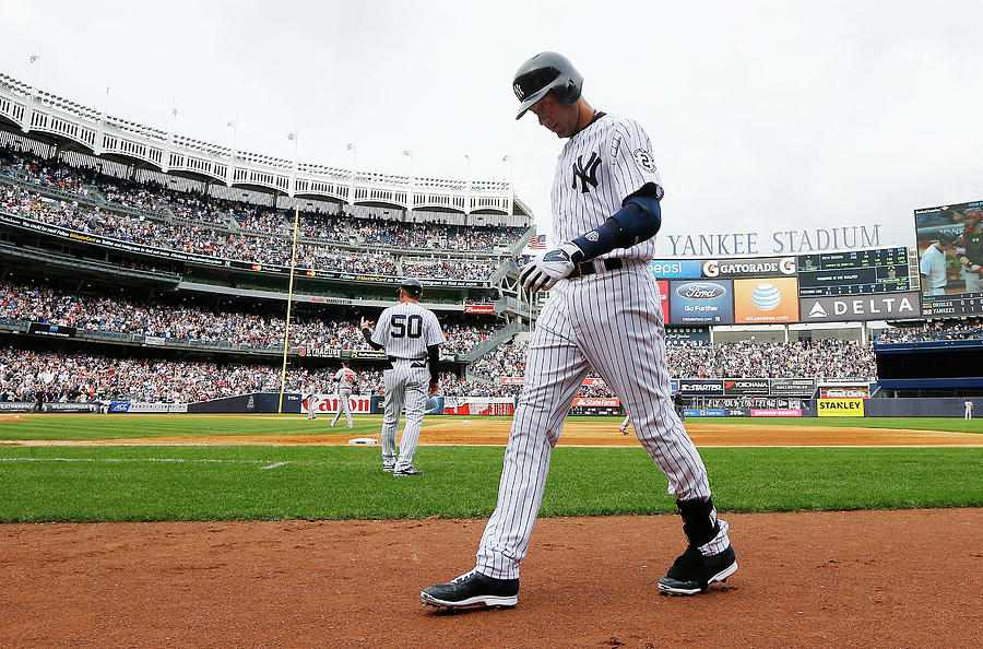 Derek Jeter Photograph by Jim Mcisaac
