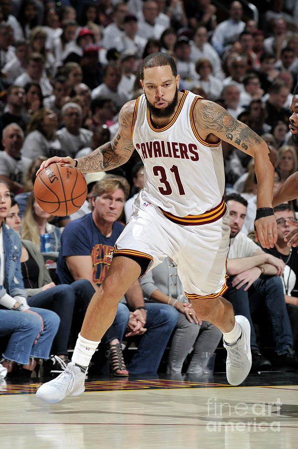 Deron Williams Photograph by David Liam Kyle