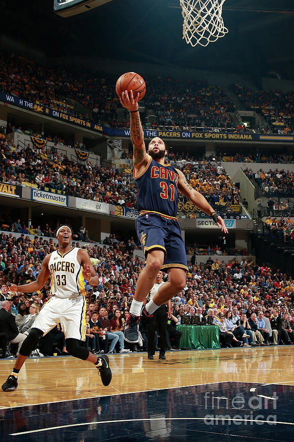 Deron Williams Photograph by Jeff Haynes