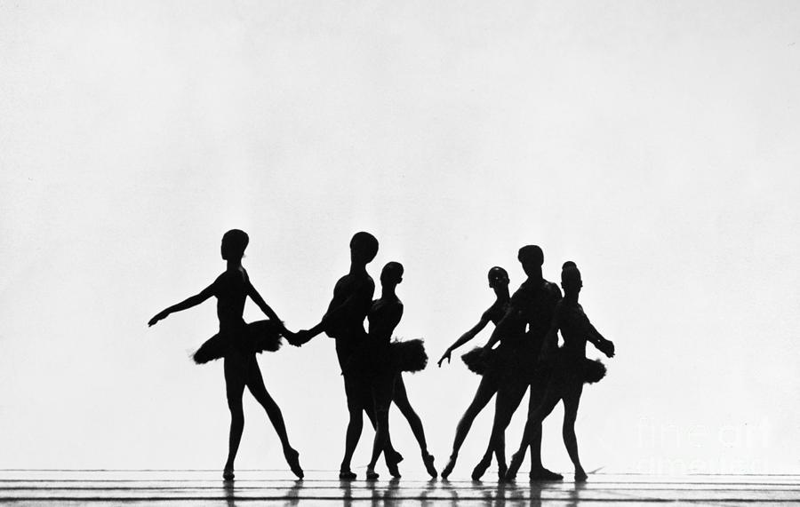 1974 Photograph - Design For Strings by Granger