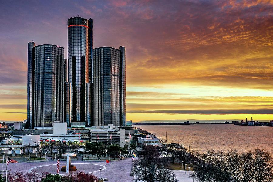 Detroit RenCen Sunrise V2  DJI_0768 by Michael Thomas