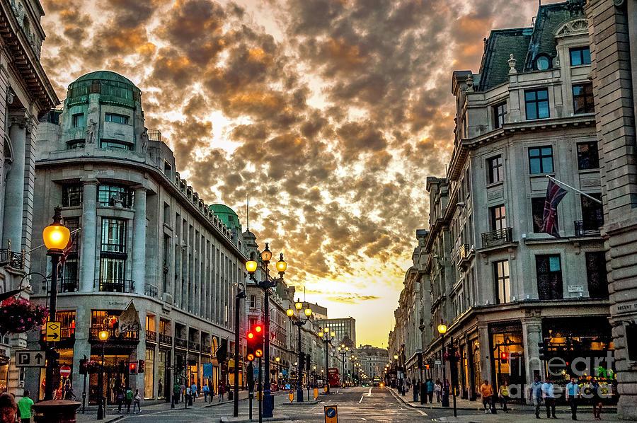 Downtown London 3 Photograph
