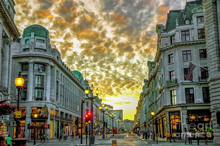 Downtown London 5 Photograph