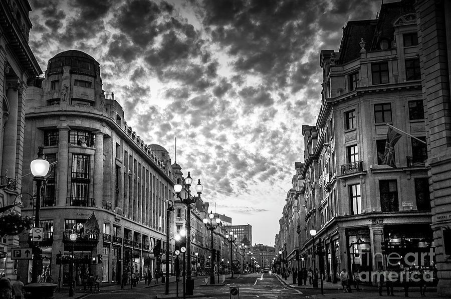 Downtown London 6 Photograph