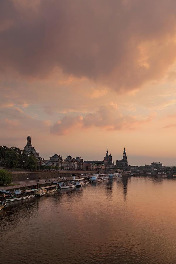 Dresden Photograph - Dresden 09 by Tom Uhlenberg