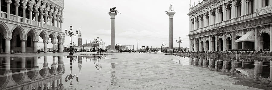 Dsc2408 - View of St Mark's Square with high water, Venice by Marco Missiaja