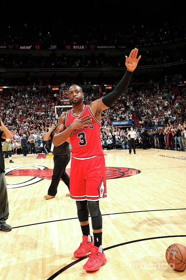 Dwyane Wade Photograph by Joe Murphy