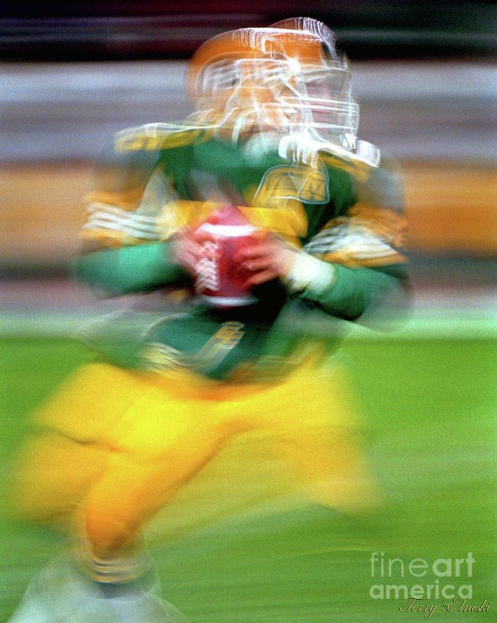 Edmonton Eskimos Football - Slo Mo Matt Dunigan - 1986 Photograph