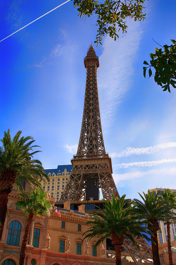Eiffel Tower Vegas by Chris Smith
