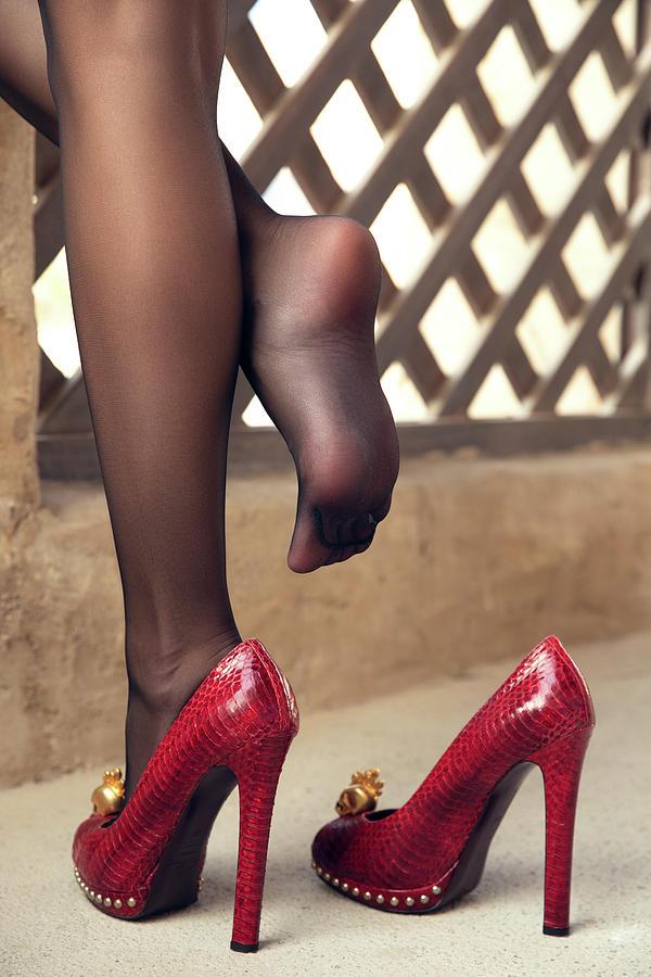 Elegant nylon feet Pyrography by Kamal Zaza