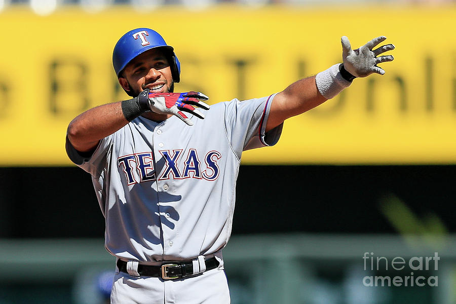 Elvis Andrus Photograph by Brian Davidson