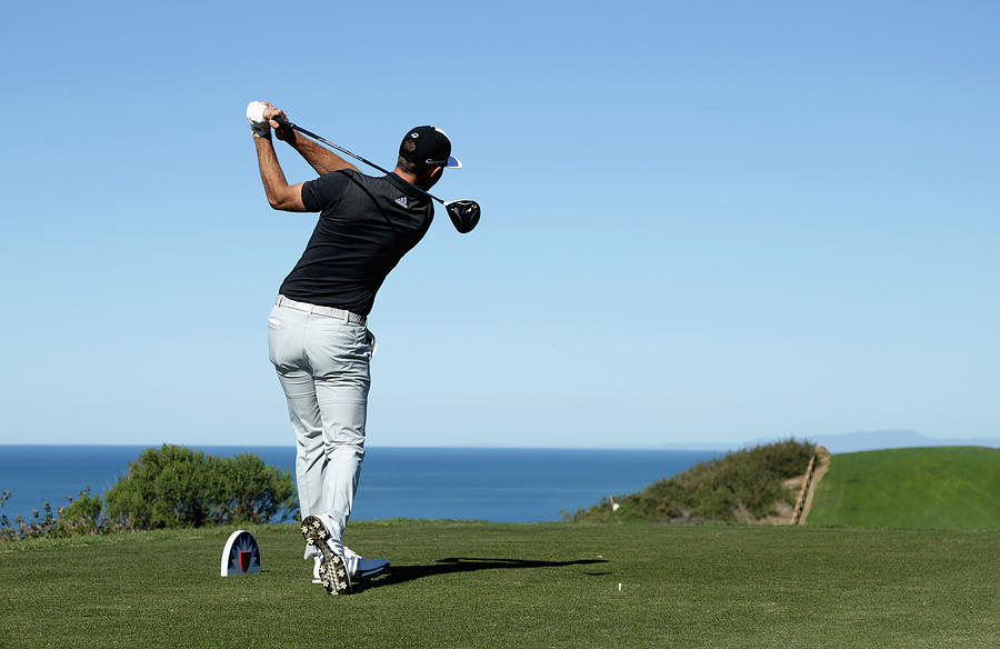 Farmers Insurance Open - Round Two Photograph by Jeff Gross