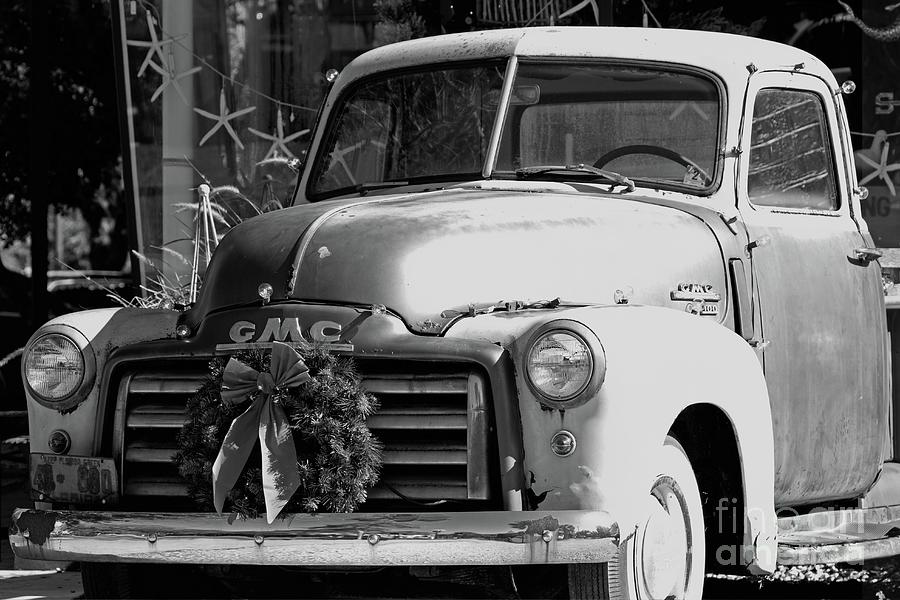 Truck Photograph - Fernandina Beach Classic Pick-up, Historic District by Banyan Ranch Studios