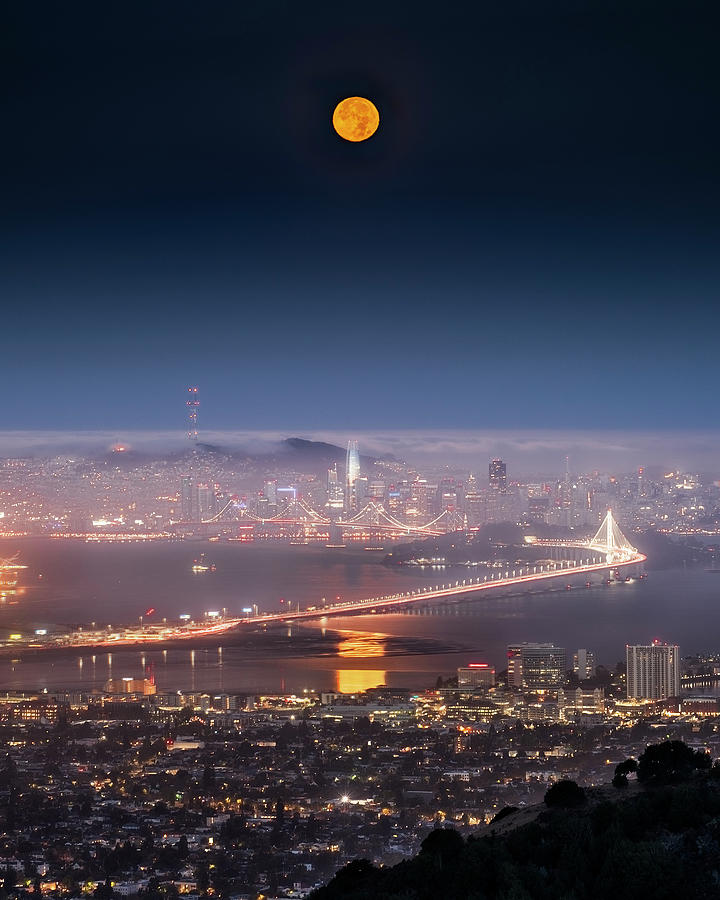 Fogust Moon 810 Photograph by Vincent James