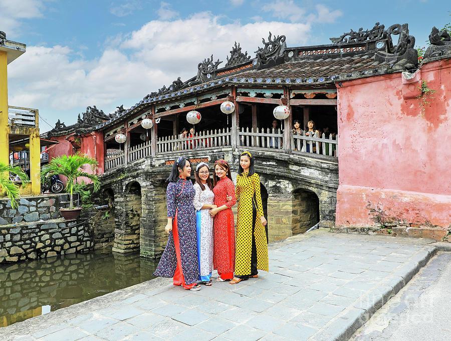 Ladies vietnam 20 Hottest