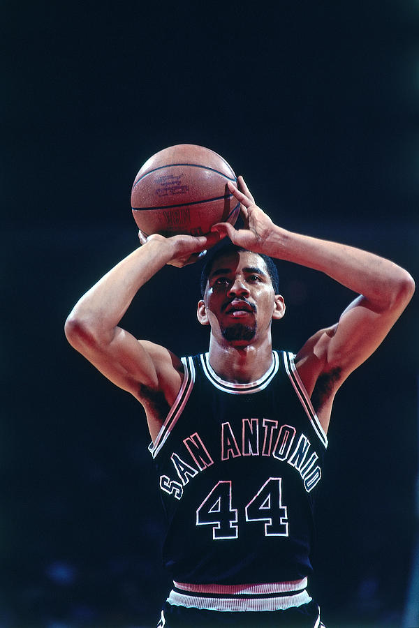 George Gervin Photograph by Bill Baptist