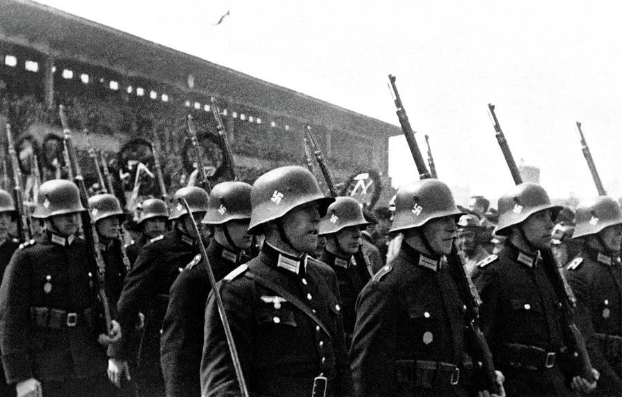 German Soldiers Germany Circa 1935 Painting
