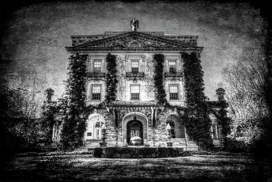 Ghostly Manor House  by David Pyatt